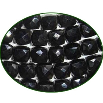 Fine Quality Black Spinal Faceted Box, size: 6x6mm to 7x7mm