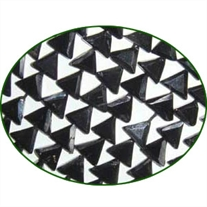 Fine Quality Black Spinal Faceted Flat Triangle, size: 5mm to 6mm