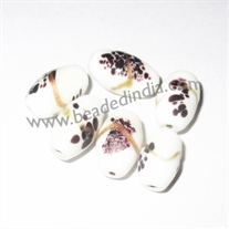 Glass beads odds stock, close out sale glass beads from stock, available quantity 0.55 Kg.