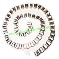 Silver Plated Metal Chain, size: 8mm, approx 7 meters in a Kg.